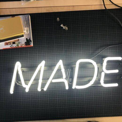 MADE Branding Leuchtschrift